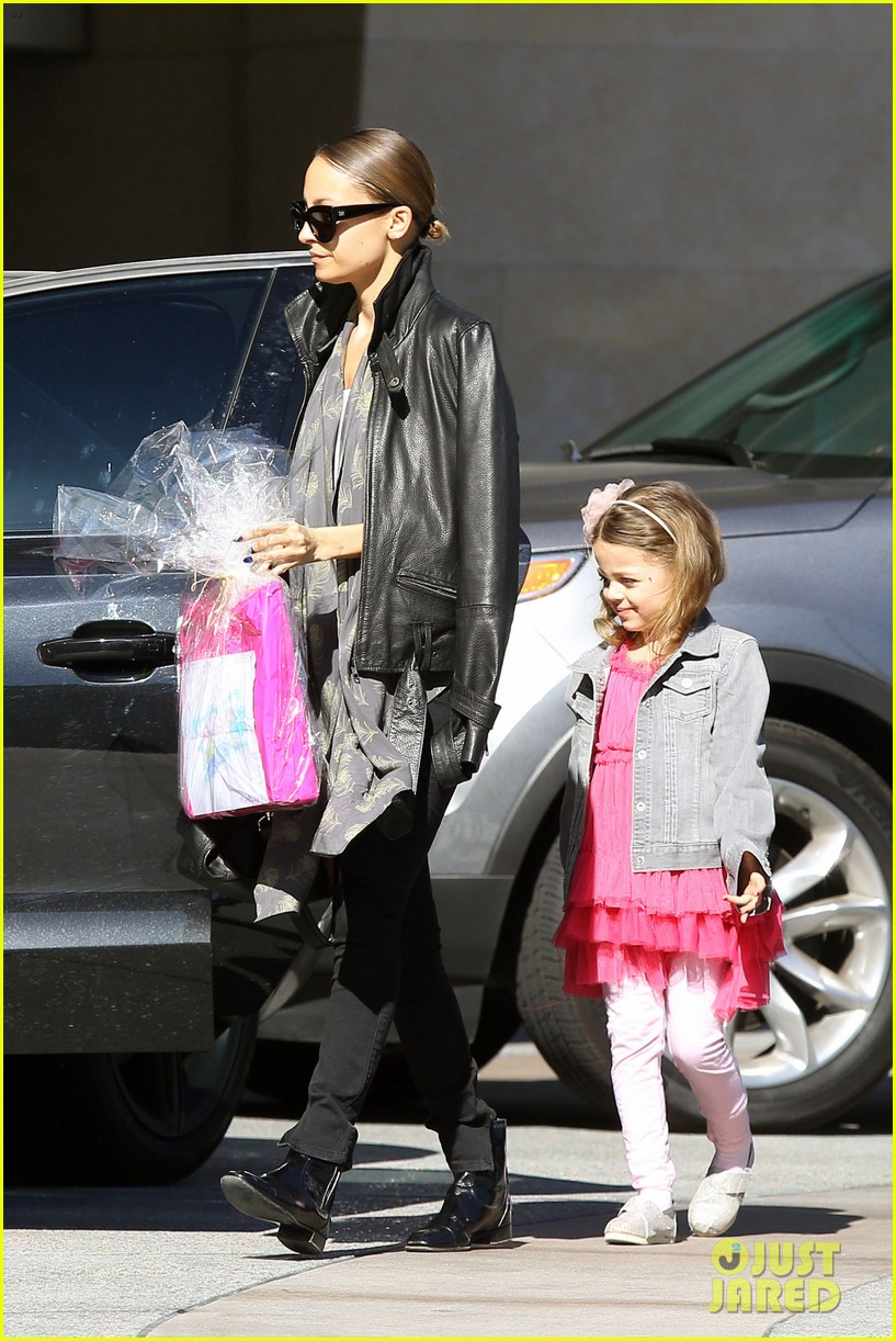 nicole richie birthday party fun with cutie pie harlow 253046784