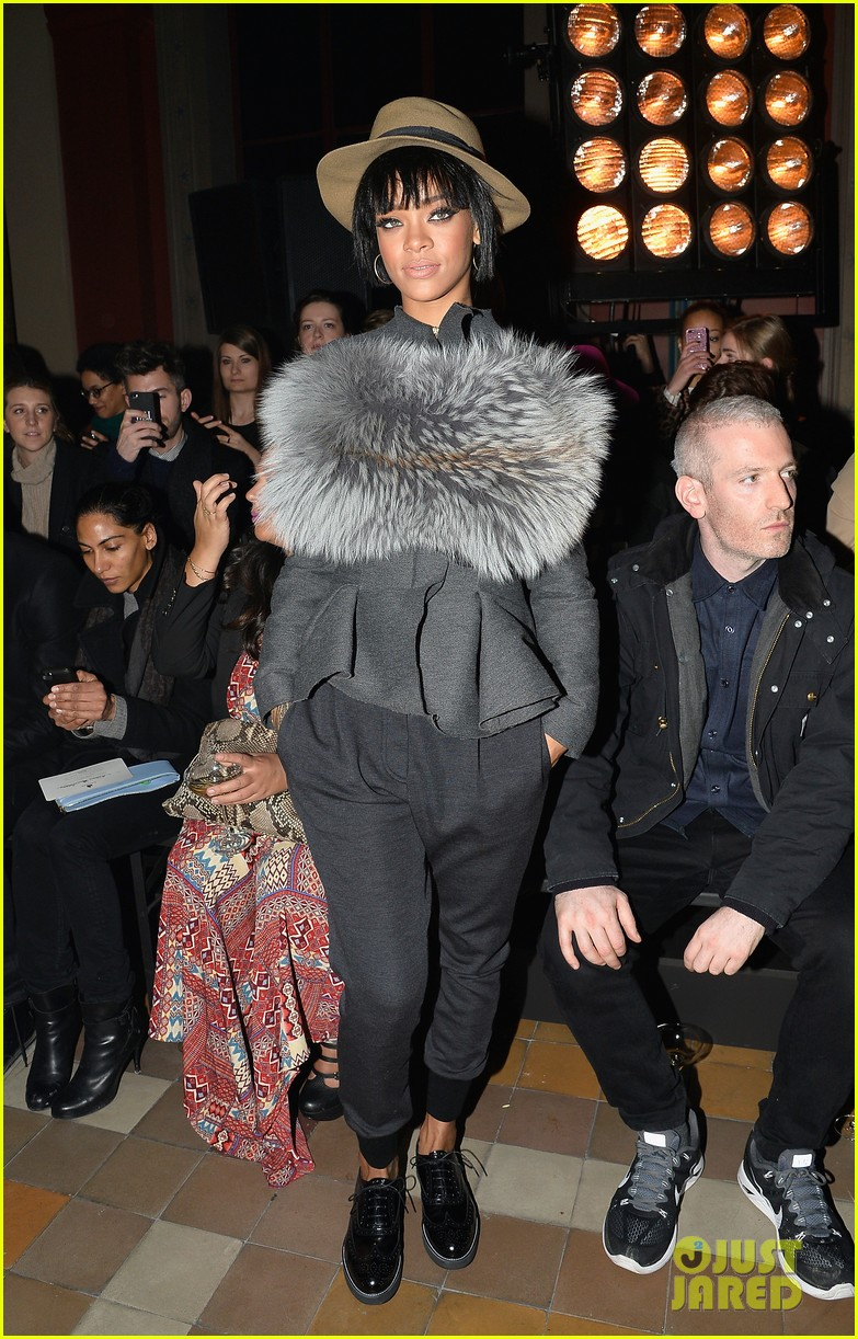 rihanna wears her fur at lanvin paris fashion show 023061688