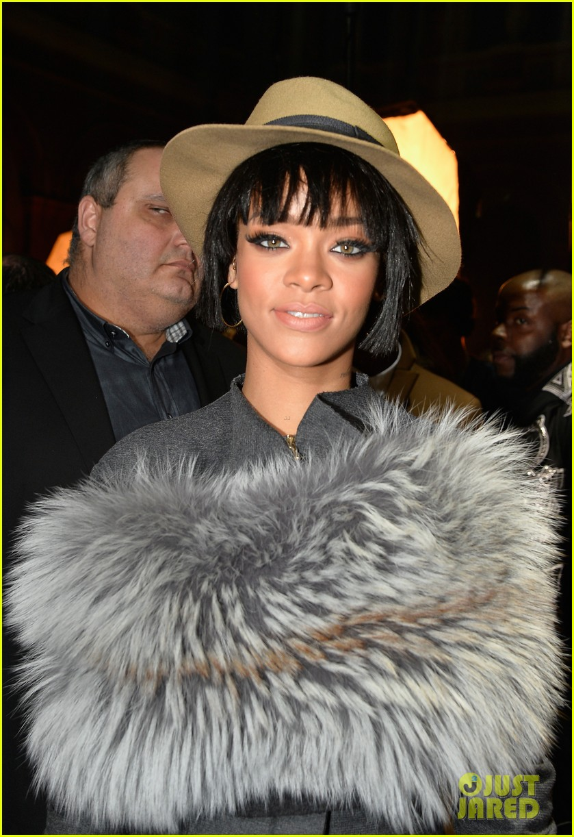 rihanna wears her fur at lanvin paris fashion show 03