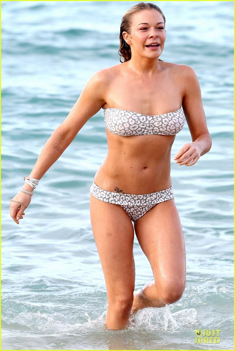 leann rimes rocks white bikini on super bowl sunday 363046654