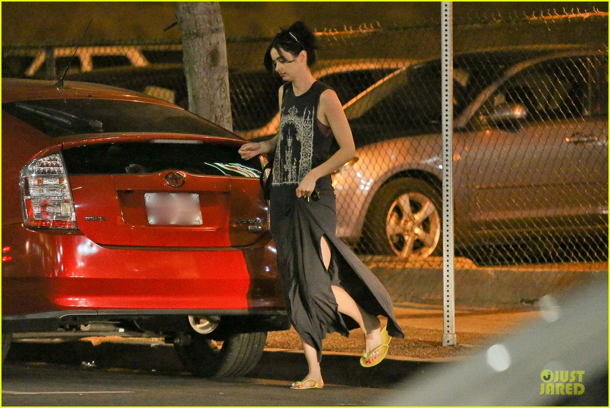 krysten ritter star producer of nbc show mission control 273058364