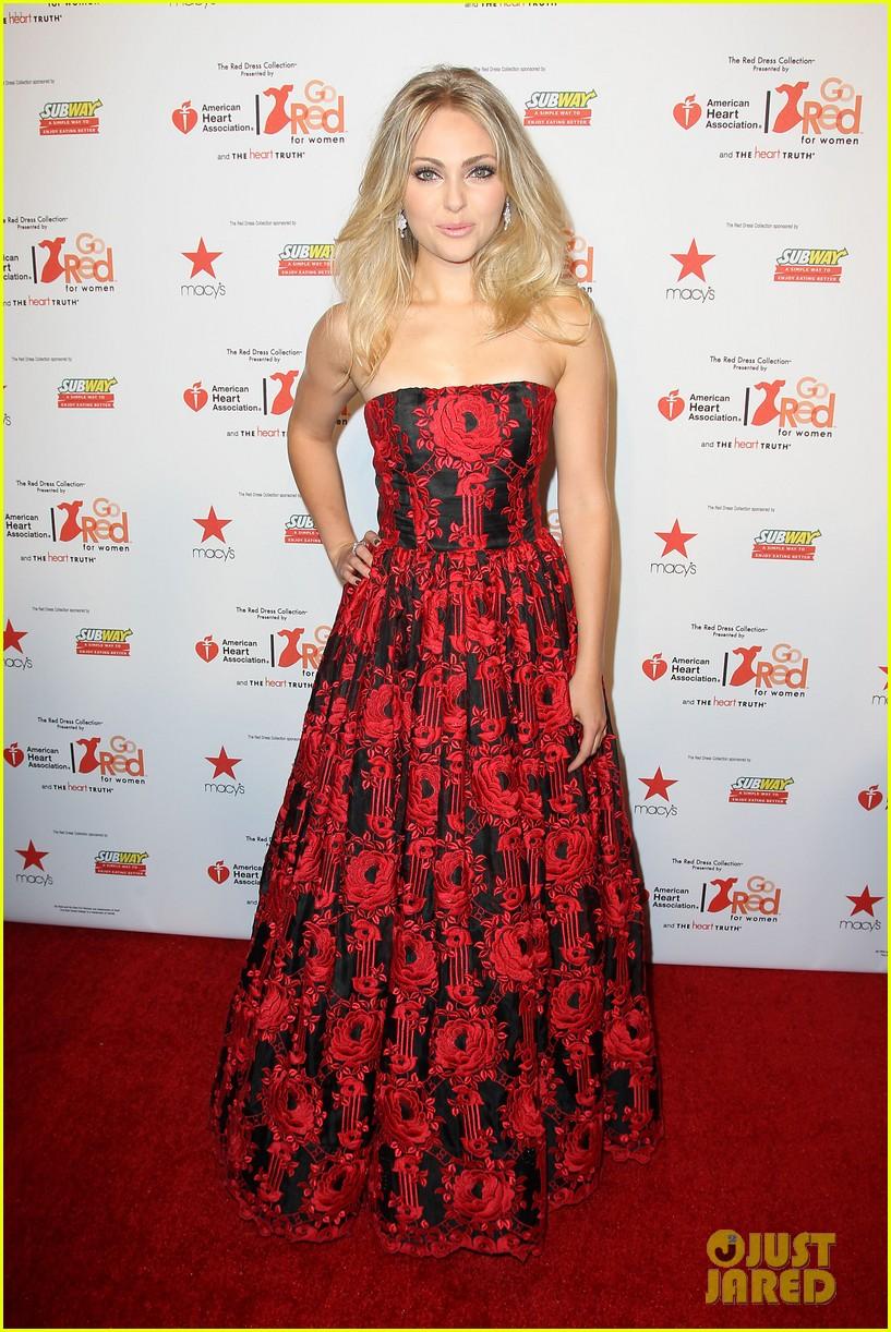 annasophia robb kat graham red dress fashion show 203048886