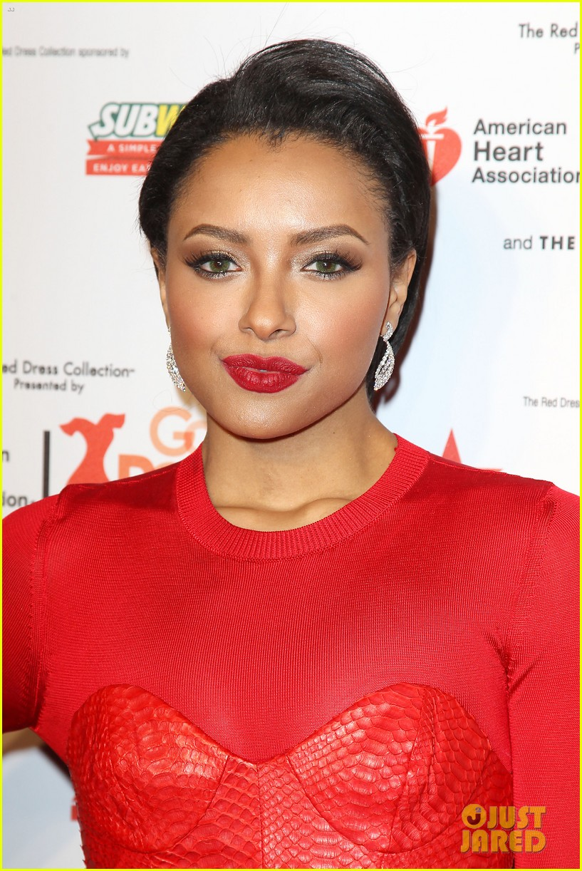 annasophia robb kat graham red dress fashion show 273048893