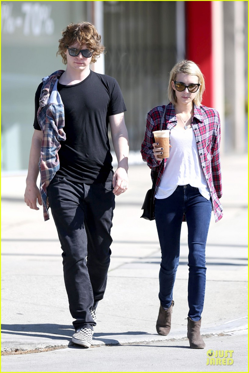 emma roberts toasts 23rd birthday with evan peters 083051161
