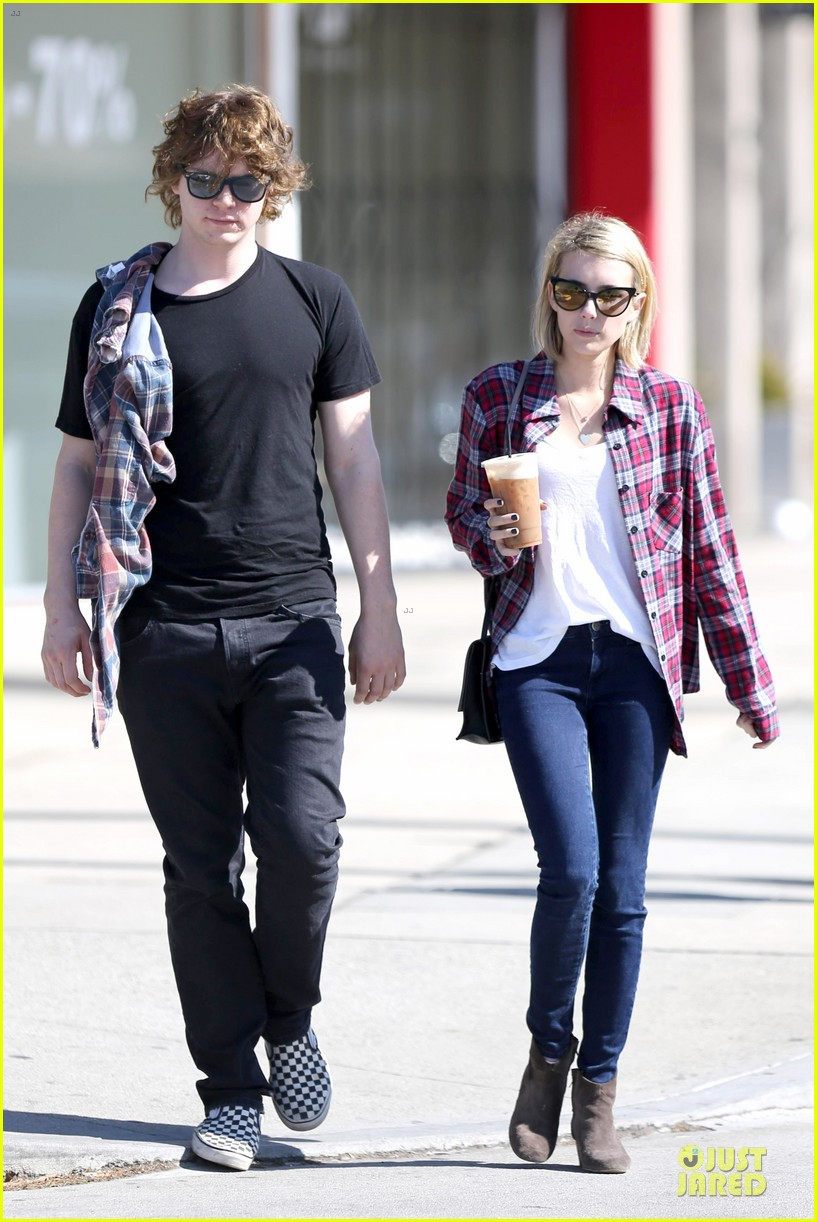 emma roberts toasts 23rd birthday with evan peters 143051167