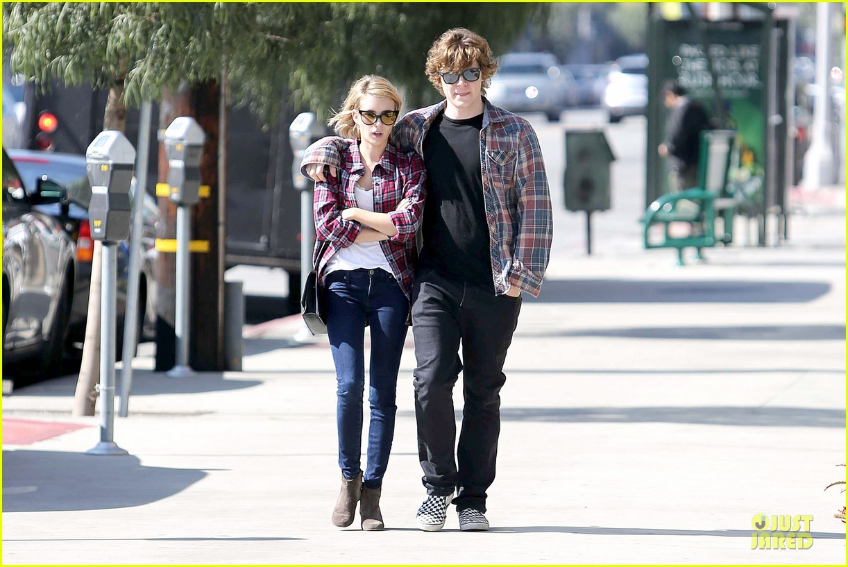 emma roberts toasts 23rd birthday with evan peters 163051169