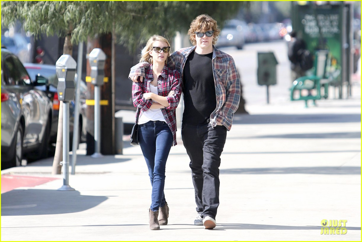 emma roberts toasts 23rd birthday with evan peters 183051171