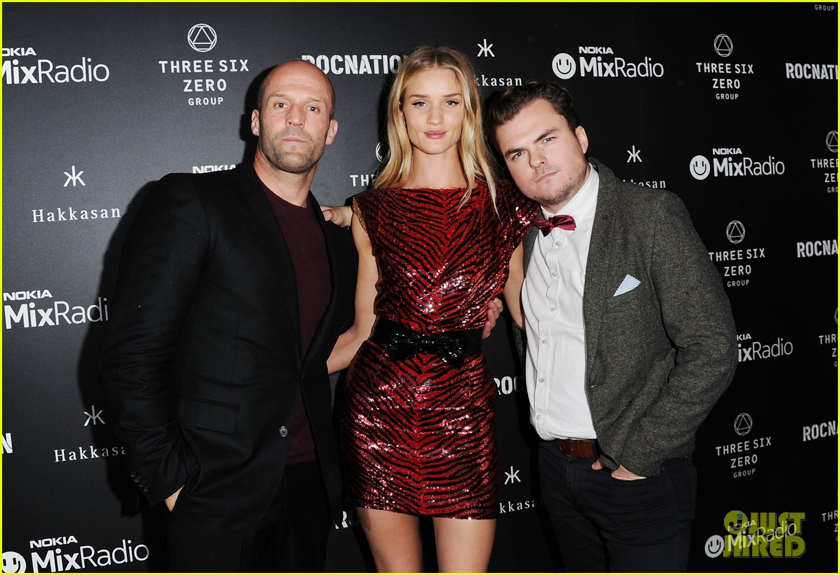 jason statham joins rosie huntington whiteley at brits party 083056856