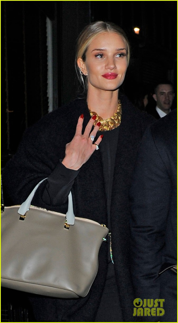 rosie huntington whiteley gushes over boyfriend jason statham 02