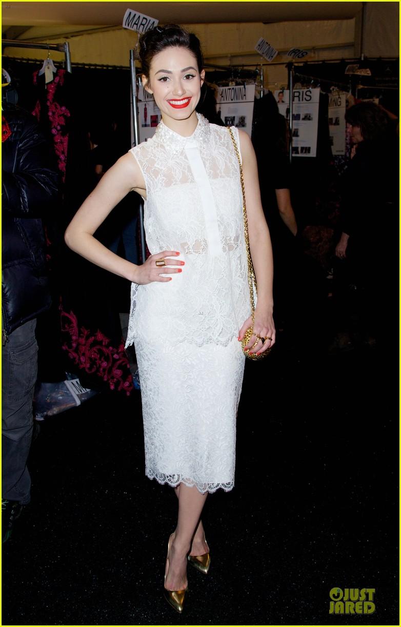 emmy rossum anna kendrick monique lhuiller fashion show 013049882