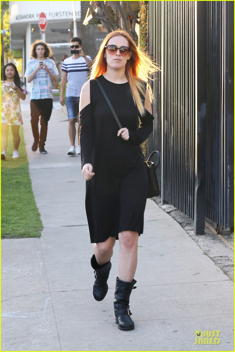 rumer willis rocks lighter hair at andy lecompte salon 103053521