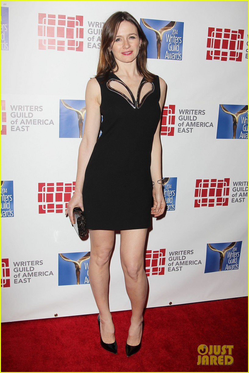 keri russell emily mortimer writers guild awards 2014 173045927