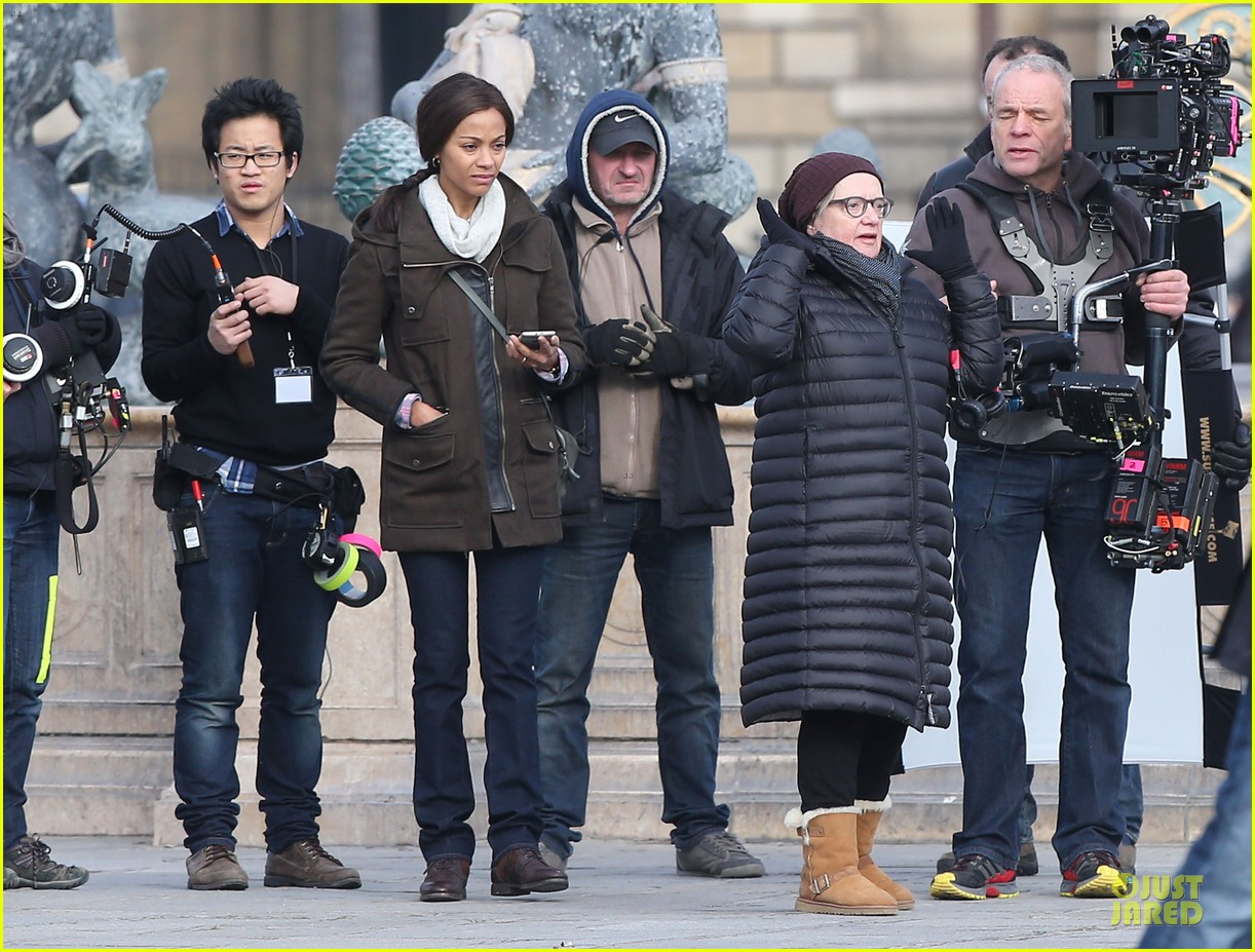 zoe saldana bundled for rosemary baby set 213045320