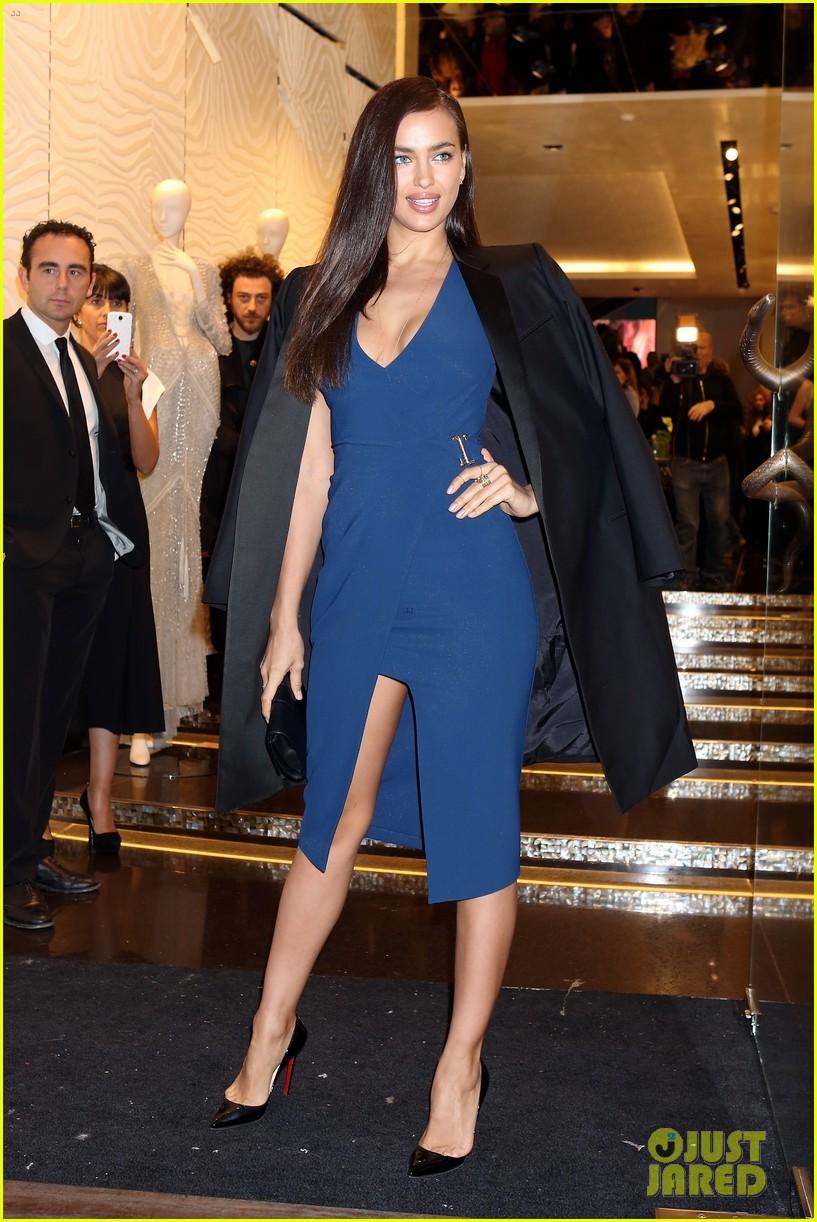 samantha barks irina shayk robert cavalli milan boutique opening 033059105