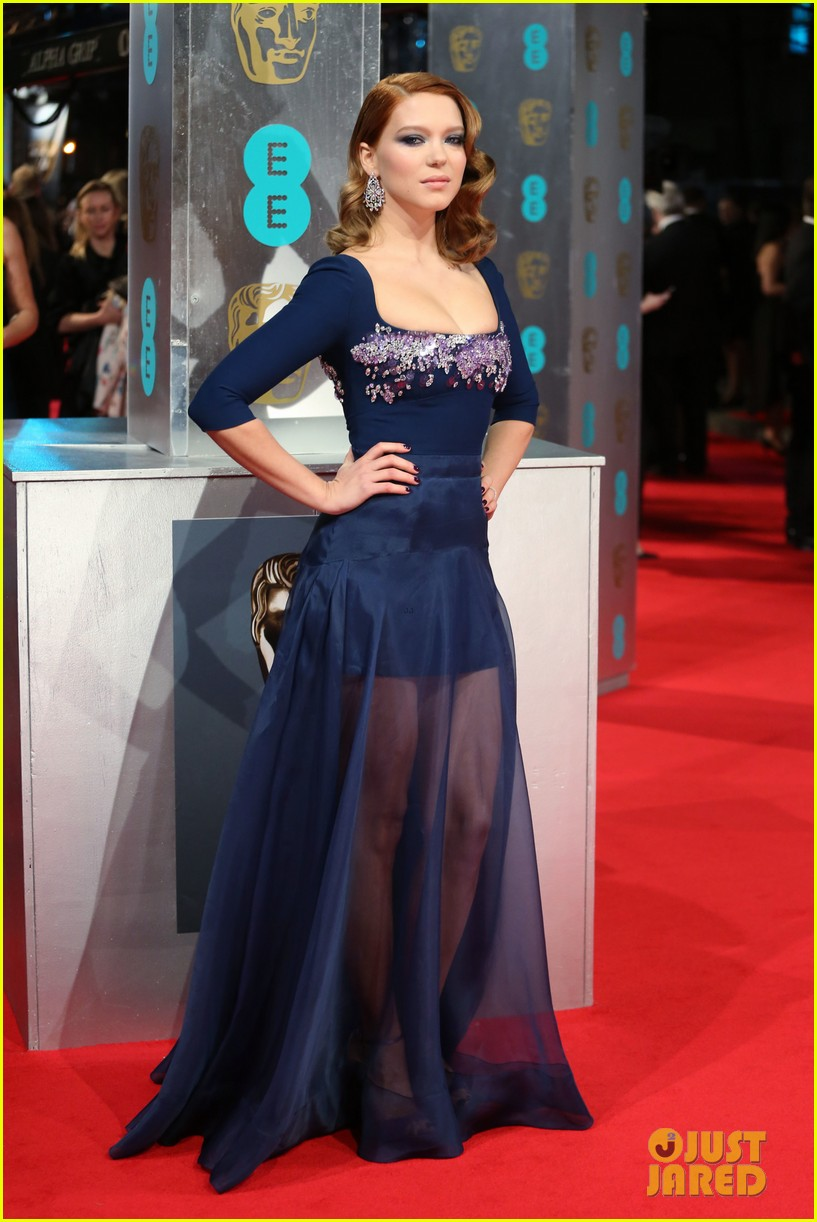 lea seydoux shows blue is the warmest color at baftas 2014 013054677
