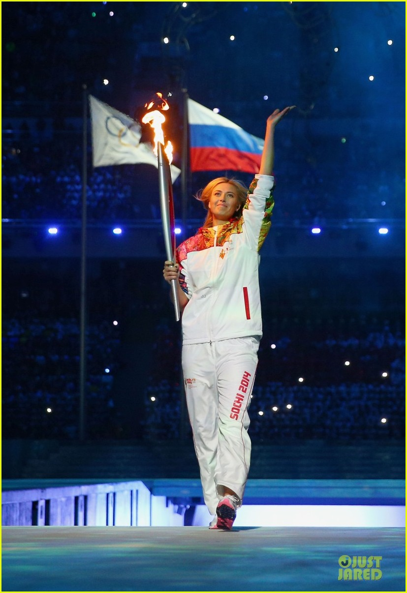 maria sharapova irina shayk sochi olympics 2014 opening ceremony 123049564