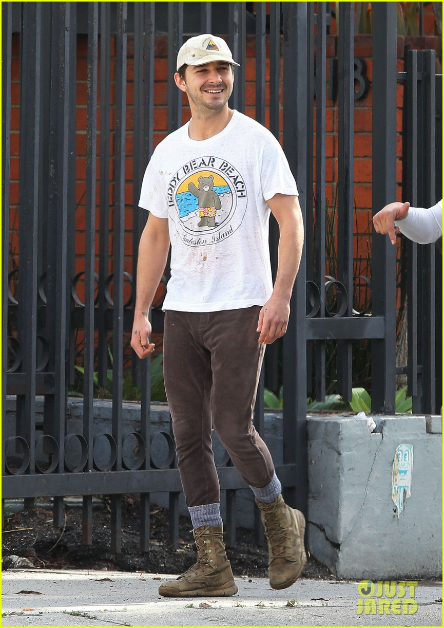 shia labeouf shows a smile before his workout 063062247