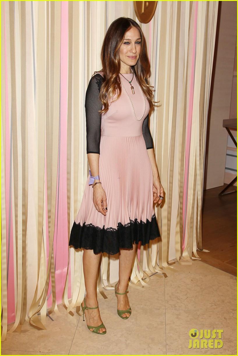 sarah jessica parker shoe collection pop up shop appearance 013060940
