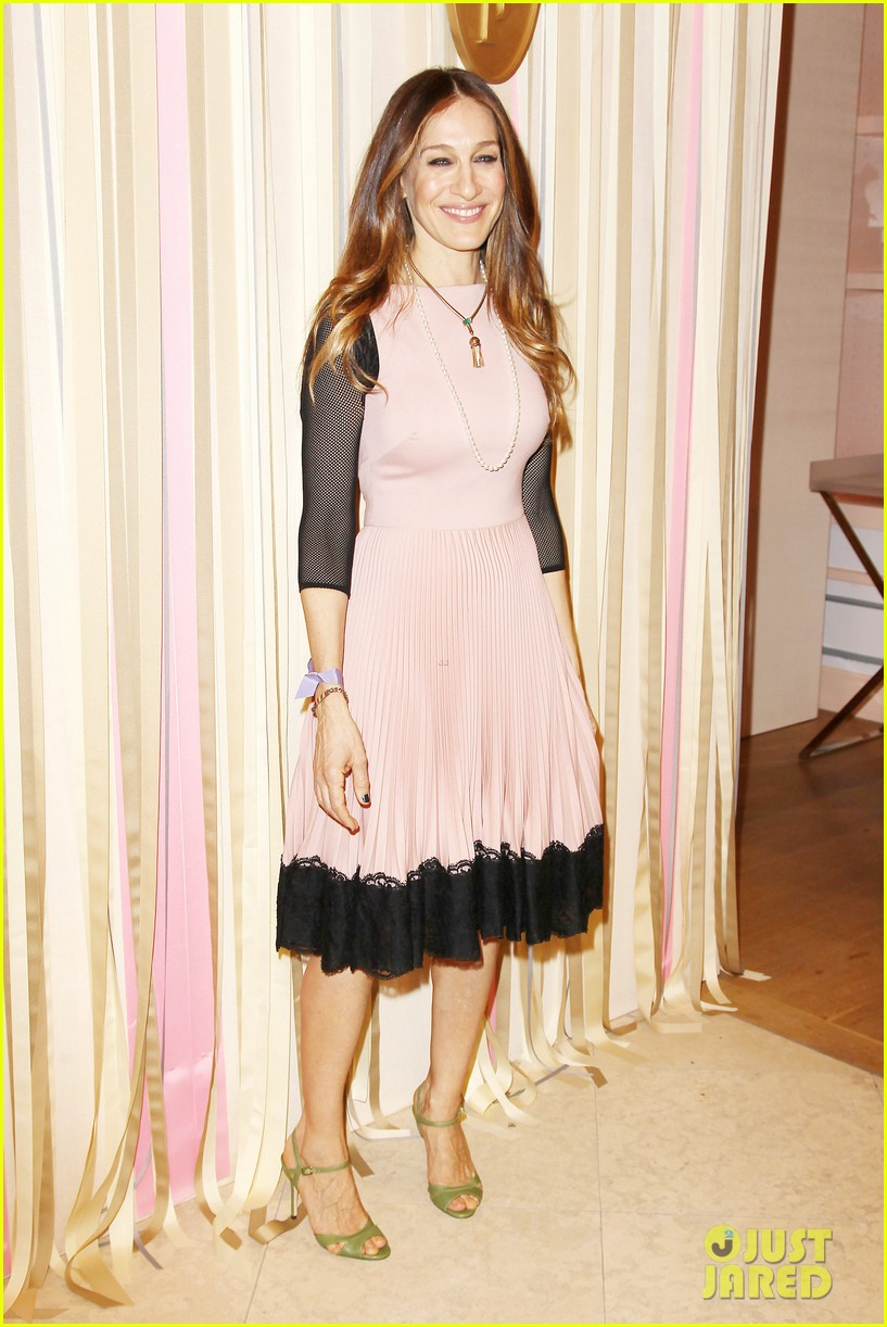 sarah jessica parker shoe collection pop up shop appearance 10