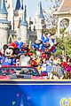 super bowl mvp malcolm smith visits disney world after big win 31