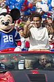 super bowl mvp malcolm smith visits disney world after big win 38
