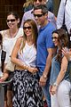 sofia vergara nick loeb sydney zoo trip with modern family co star 06