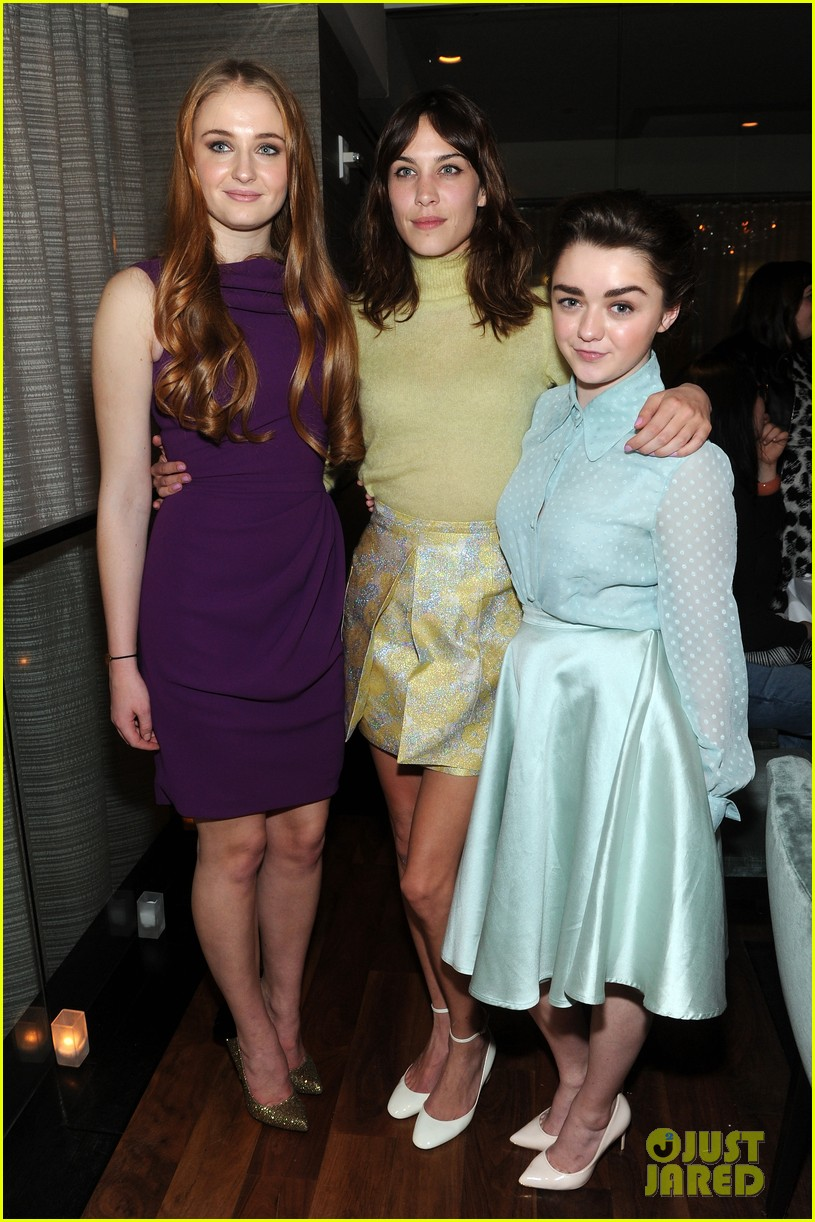 sophie turner maisie williams game of thrones girls front row christian siriano 073050144