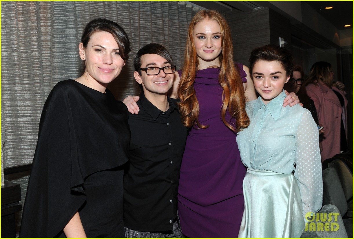 sophie turner maisie williams game of thrones girls front row christian siriano 103050147