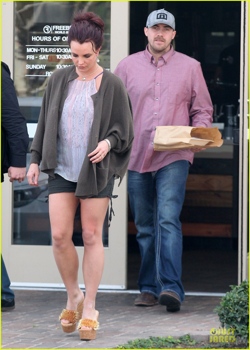 britney spears david lucado freebirds lunch before vegas show 013058569