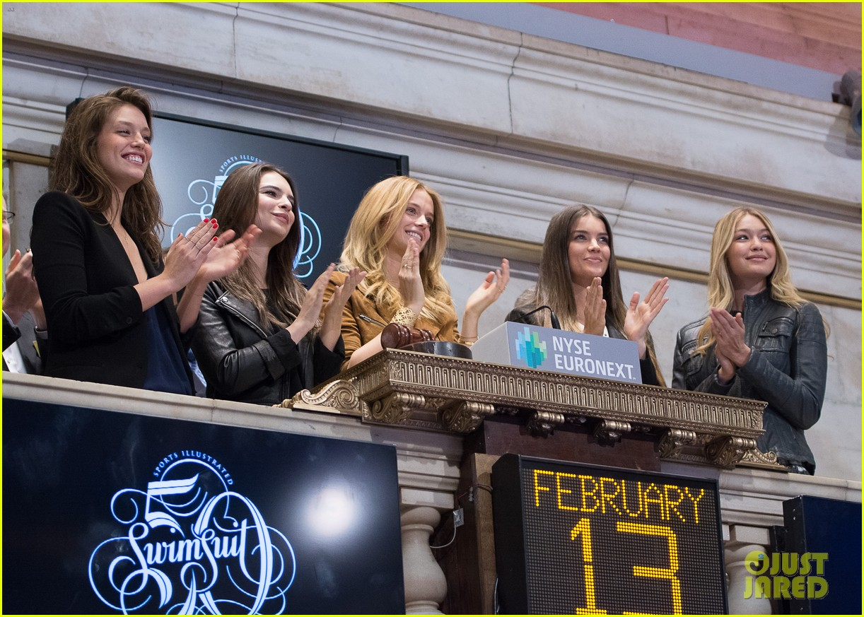 sports illustrated swimsuit models ring stock exchange bell 103053081