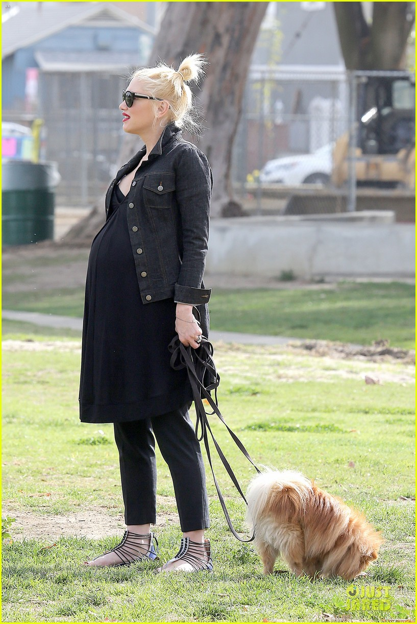 gwen stefani looks about ready to pop in brentwood 163055918
