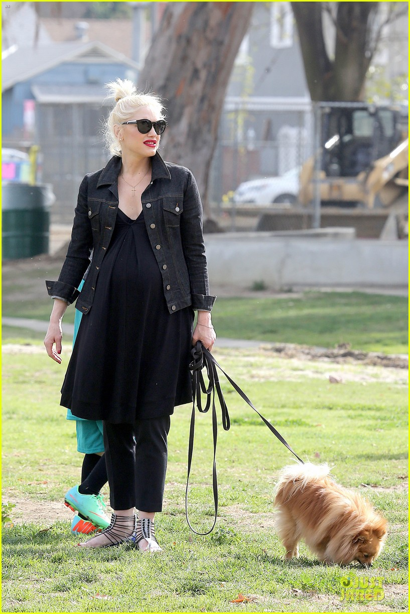 gwen stefani looks about ready to pop in brentwood 313055933