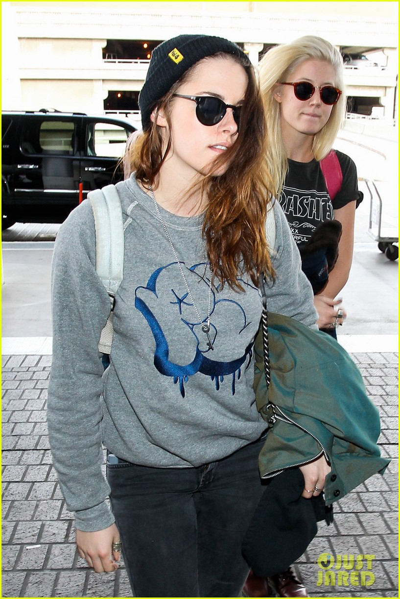 kristen stewarts biggest fashion regret is from 2002 013046600