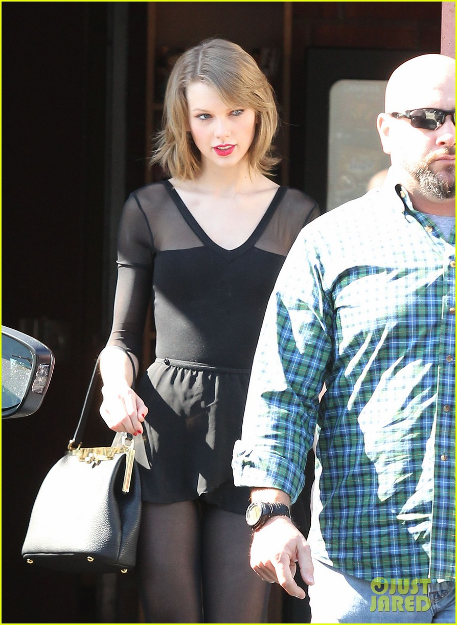 taylor swift wishes her pal ed sheeran a happy birthday 093055173