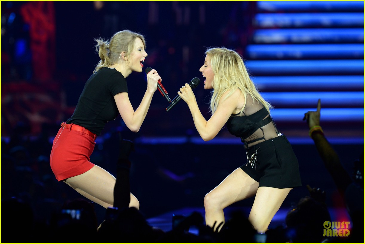 taylor swift ellie goulding perform burn in london watch now 023051592