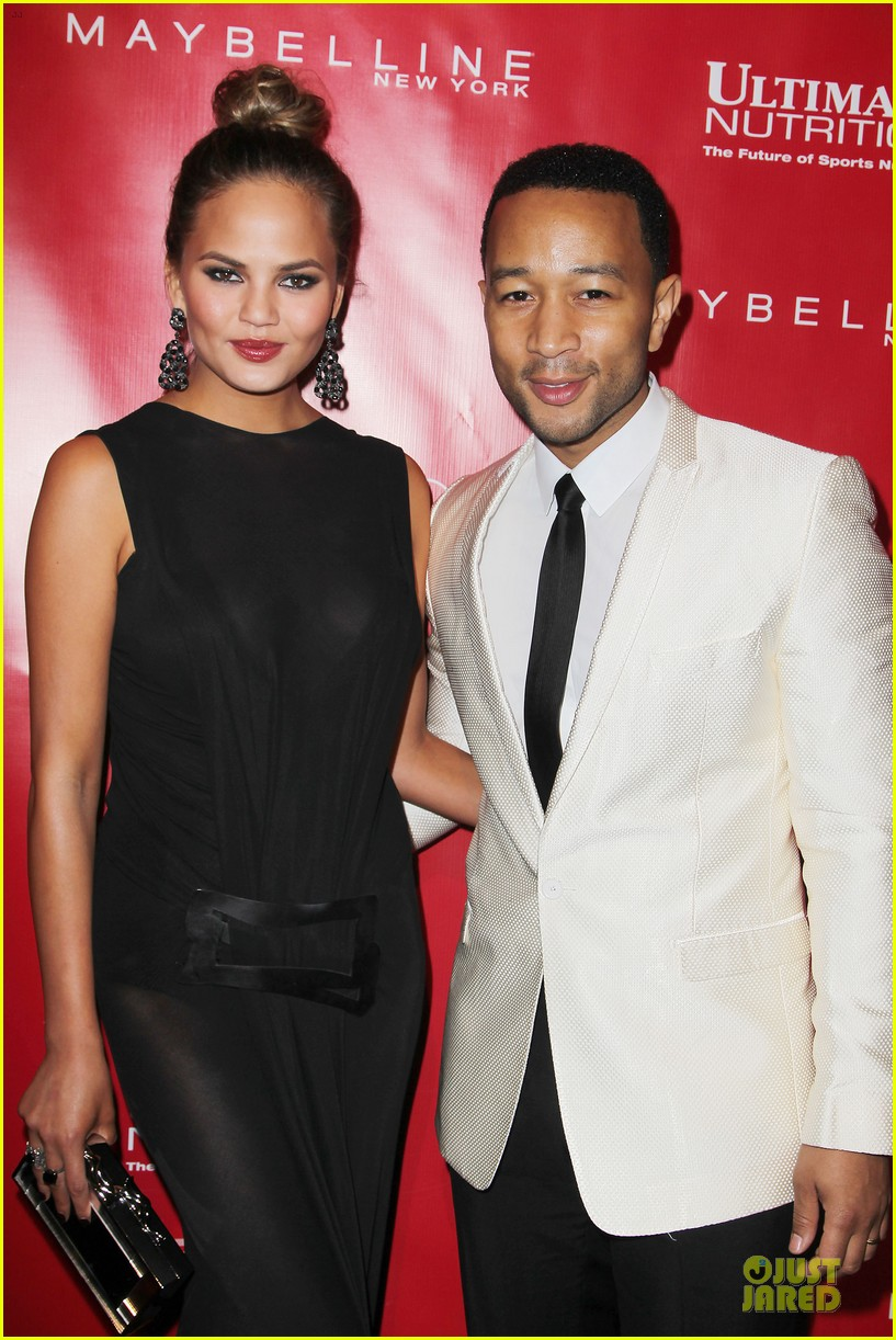 chrissy teigen john legend super bowl 2014 kick off party 10