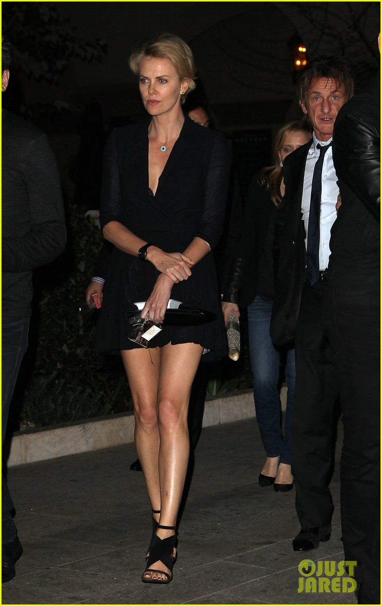 charlize theron sean penn bouchon charity dinner 02