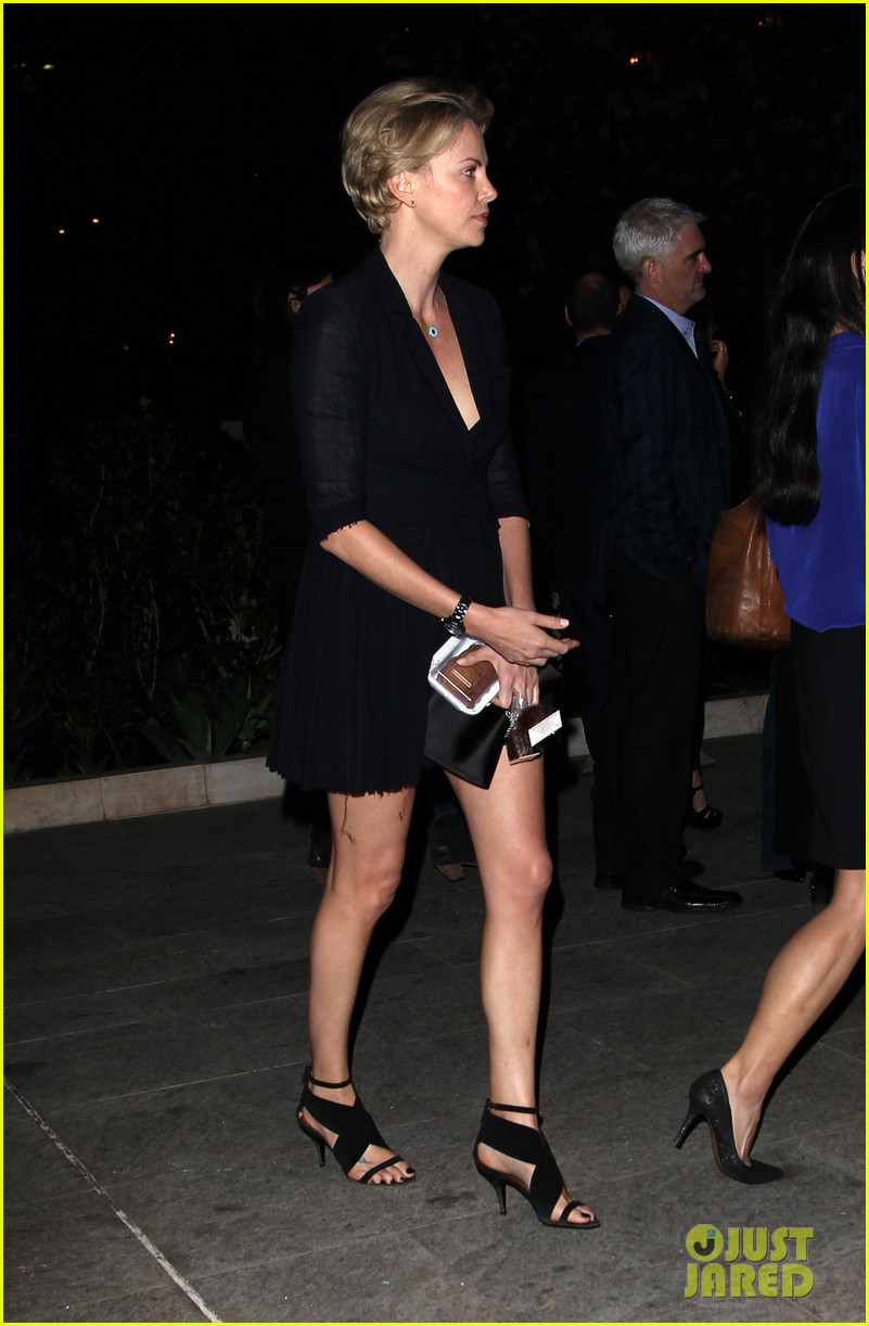 charlize theron sean penn bouchon charity dinner 10
