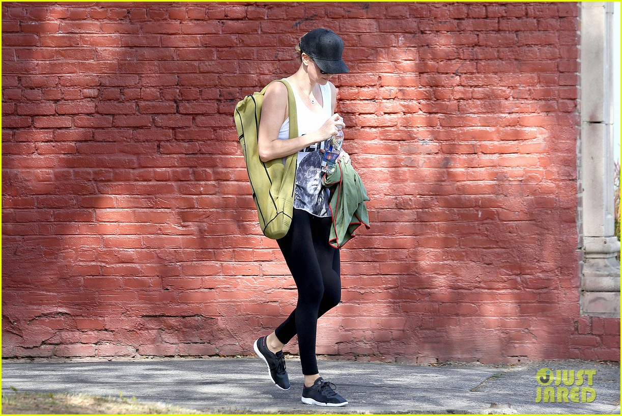 charlize theron has low key gym day after date night 063052607