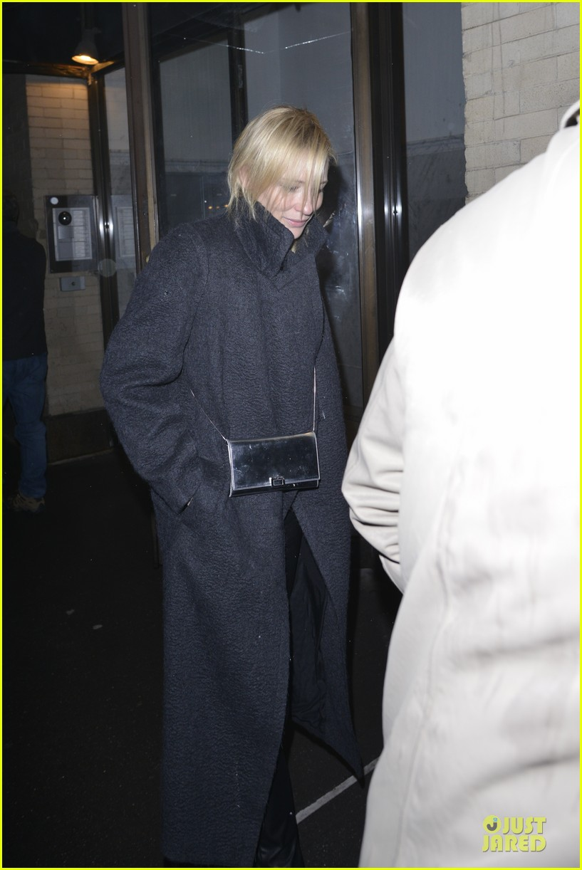 justin theroux cate blanchett visit mimi odonnell after philip seymour hoffman death 05