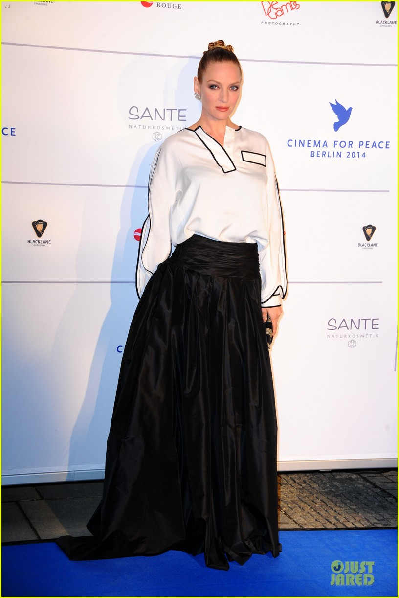 uma thurman difference maker at cinema for peace gala 053050901