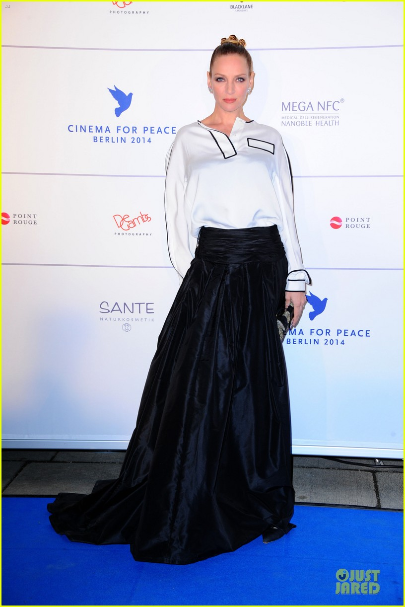uma thurman difference maker at cinema for peace gala 083050904