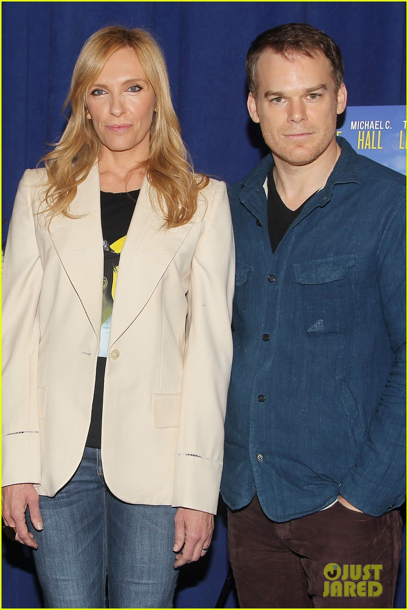 toni collette michael c hall realistic joneses photo call 033057171