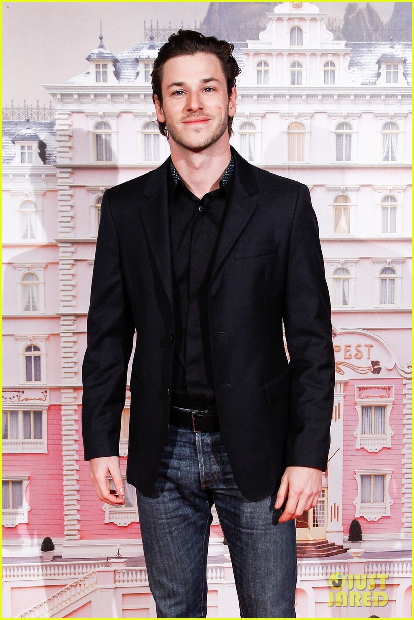 gaspard ulliel lends support at grand budapest hotel premiere 033057454
