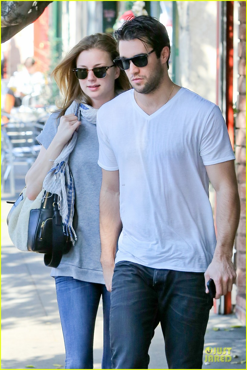 emily vancamp josh bowman hold hands before valentines day 043051530
