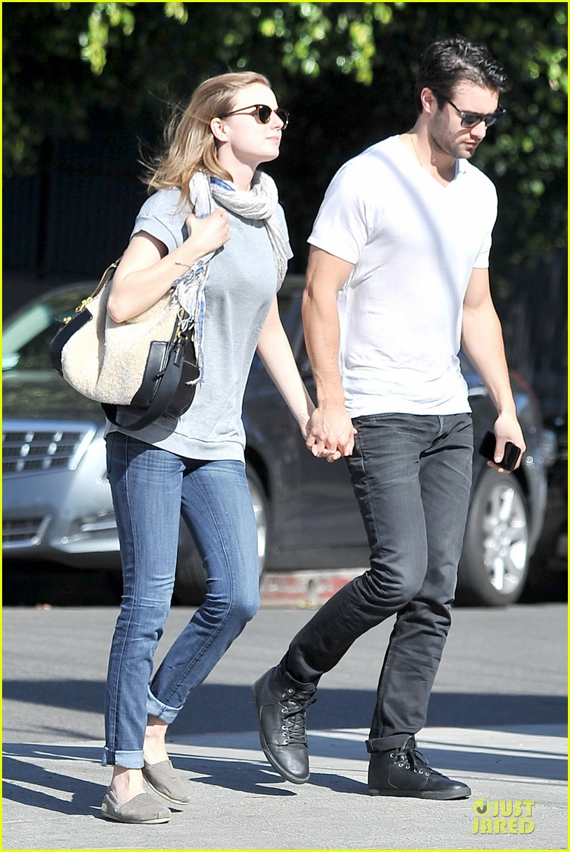 emily vancamp josh bowman hold hands before valentines day 163051542