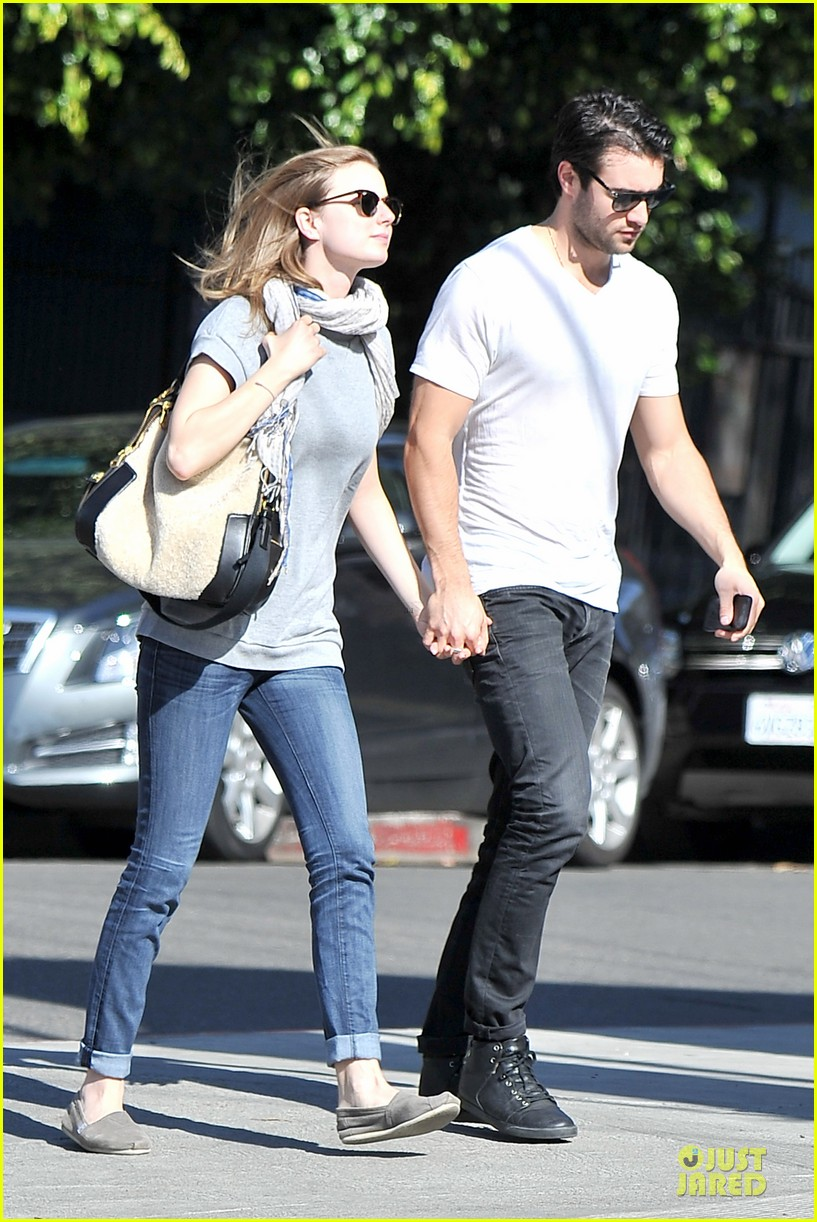emily vancamp josh bowman hold hands before valentines day 173051543