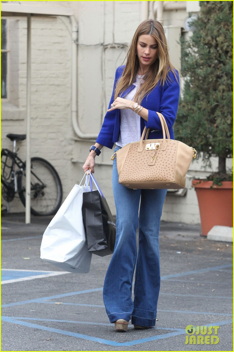 sofia vergara was very impressed with her super hot pic 053049176