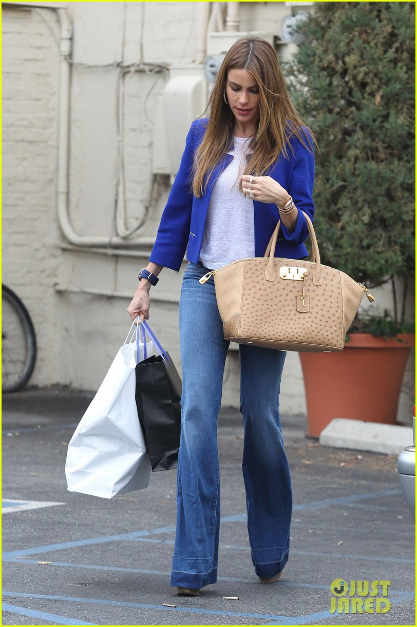 sofia vergara was very impressed with her super hot pic 073049178