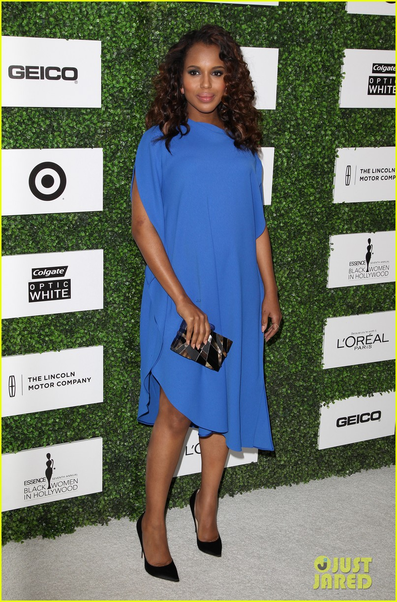kerry washington embraces her baby bump at essence event 12